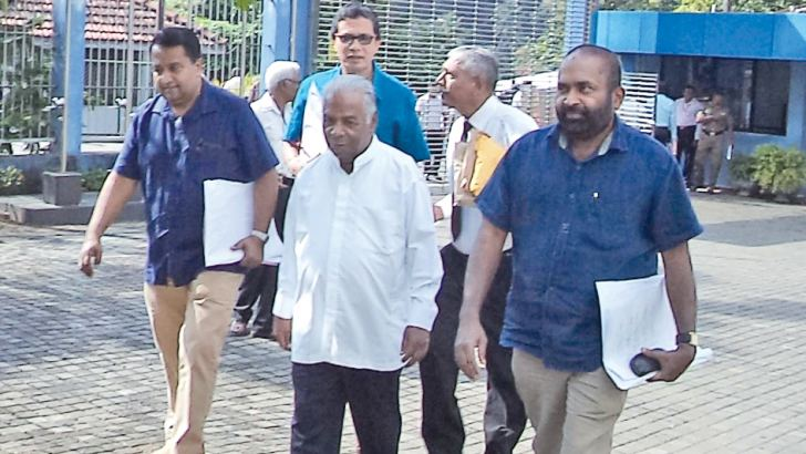 Power and Renewable Energy Minister Ranjith Siyambalapitiya and former Ministers Athauda Seneviratne and Lalith Dissanayake at the Kegalle Kachcheri premises yesterday after handing over the nomination papers of SLFP candidates contesting elections to local councils in the Kegalle District to the District Returning Officer. Speaking to the media, Minister Siyambalapitiya said the SLFP would achieve a convincing victory at the forthcoming election. He also thanked President Maithripala Sirisena for being ins