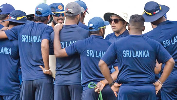Sri Lanka cricketers given a pep talk by head coach Chandika Hathurusingha ahead of today's game against Zimbabwe.