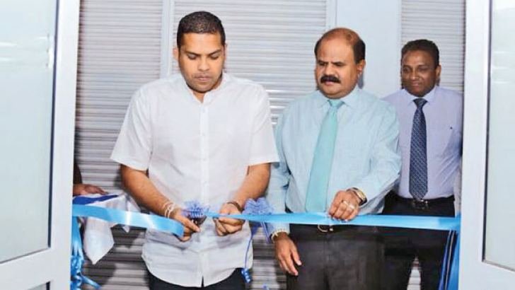 Opening the new Contact Center in Bandarawela by Harin Fernando, Minister of Telecommunications and Digital Infrastructure and P. G. Kumarasingha, SLT Group Chairman and Kiththi Perera, Chief Commercial Officer/Group Chief Enterprise and Wholesale Officer of SLT