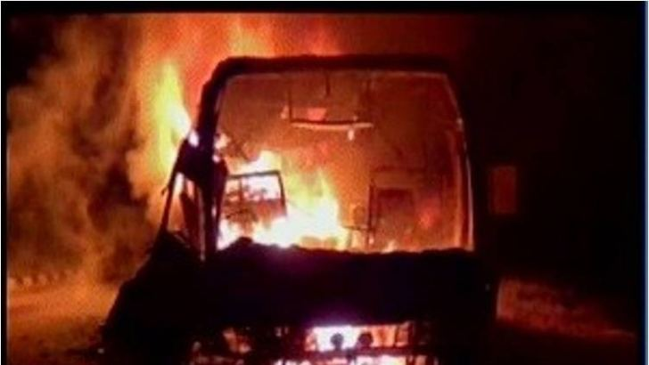 least-19-injured-bus-catches-fire-Kahagolla