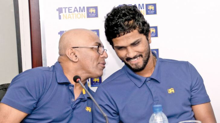 Coach and captain make a good pair – Chandika Hathurusingha and Dinesh Chandimal at a media conference held at SLC headquarters. (Pic by Rukmal Gamage)